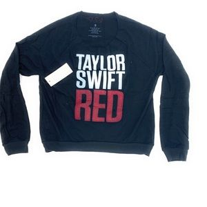 4/$25 Taylor Swift Red Tour Shirt NWT Small